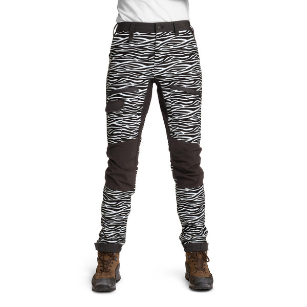 Is Not Enough MEDEA TREKKING PANTS Dam