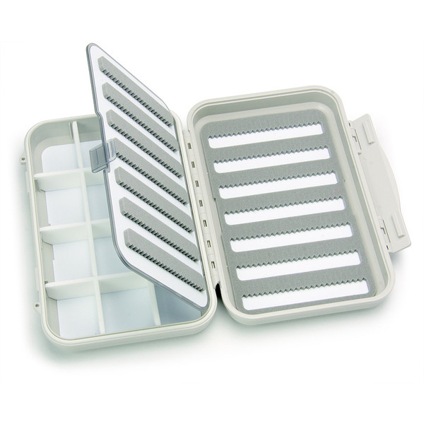 C& F Design MEDIUM 7-ROW WP FLY CASE W 12 COMP AND F.PAGE (CF-2377)